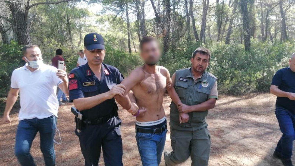 Antalya da ormanı yakarken suçüstü yakalanan zanlı tutuklandı #2