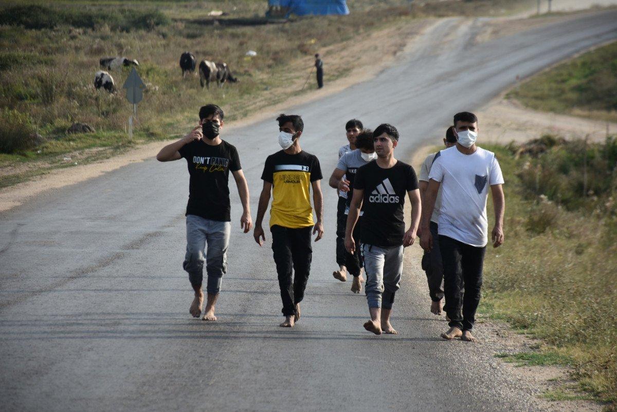 Yunanistan, para ve kıyafetlerini aldığı göçmenleri borularla dövüp, Türkiye ye itti #1