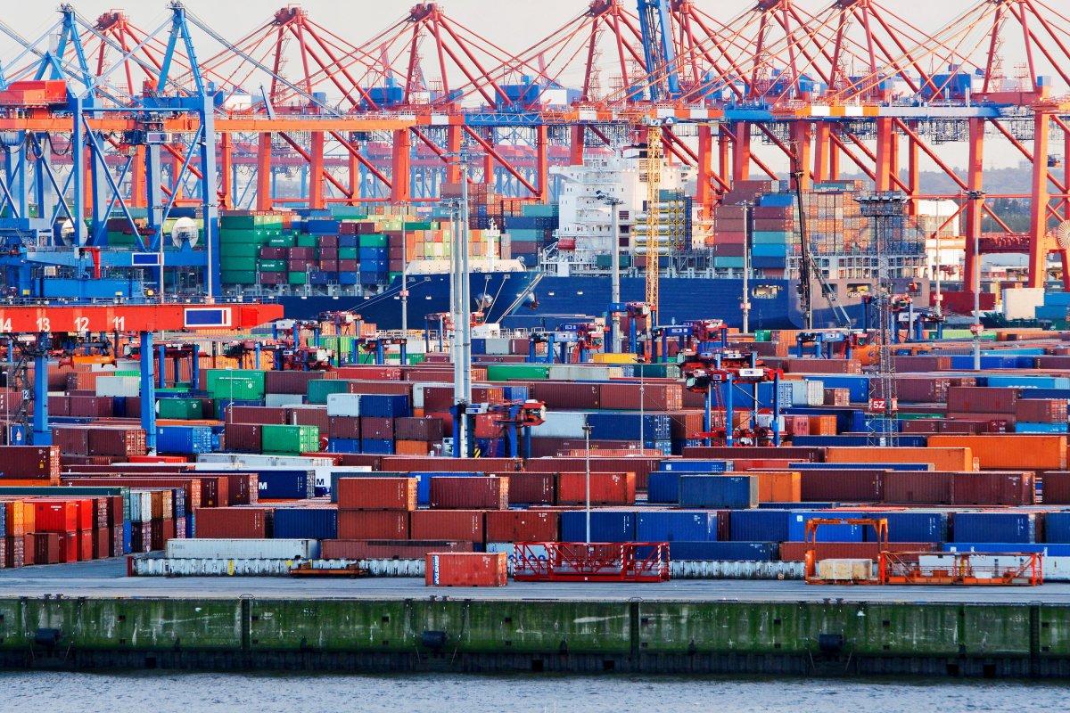 En fazla ihracat yapan 1.000 firmanın 426 sı İstanbul dan çıktı #2