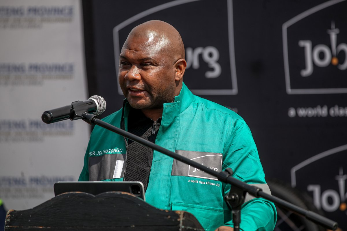 Johannesburg Belediye Başkanı Matongo, trafik kazasında öldü #2