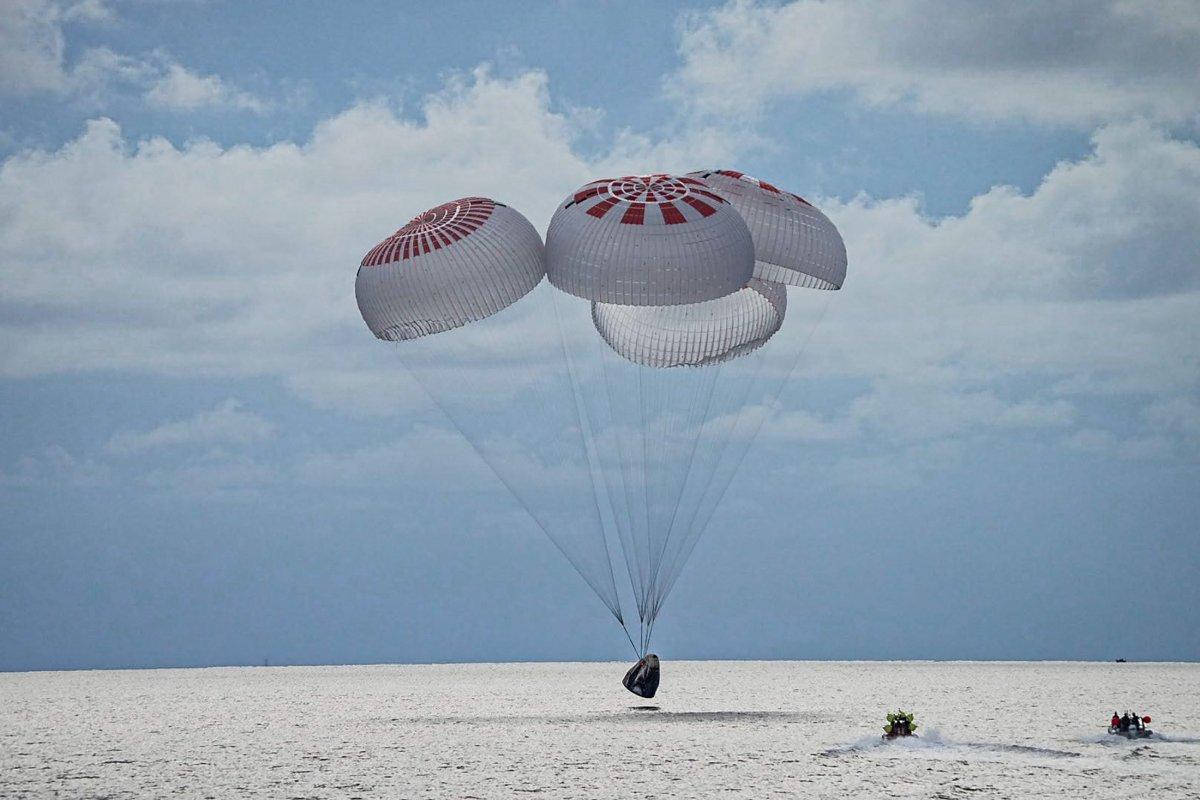 El viaje espacial de 3 días de los 4 tripulantes de SpaceX sin astronautas ha terminado # 5