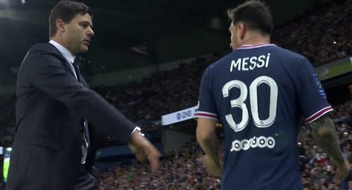 Oyundan alınan Lionel Messi hocasının elini sıkmadı #2