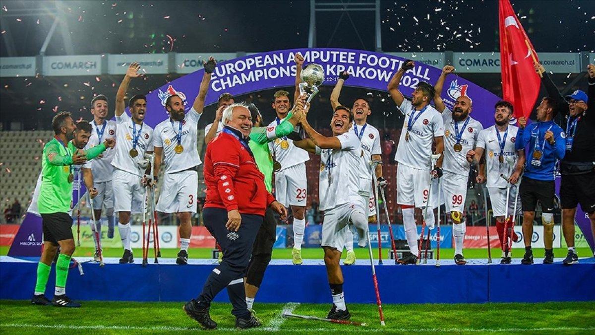 Süleyman Soylu, Ampute Futbol Milli Takımı sporcularını tebrik etti #2