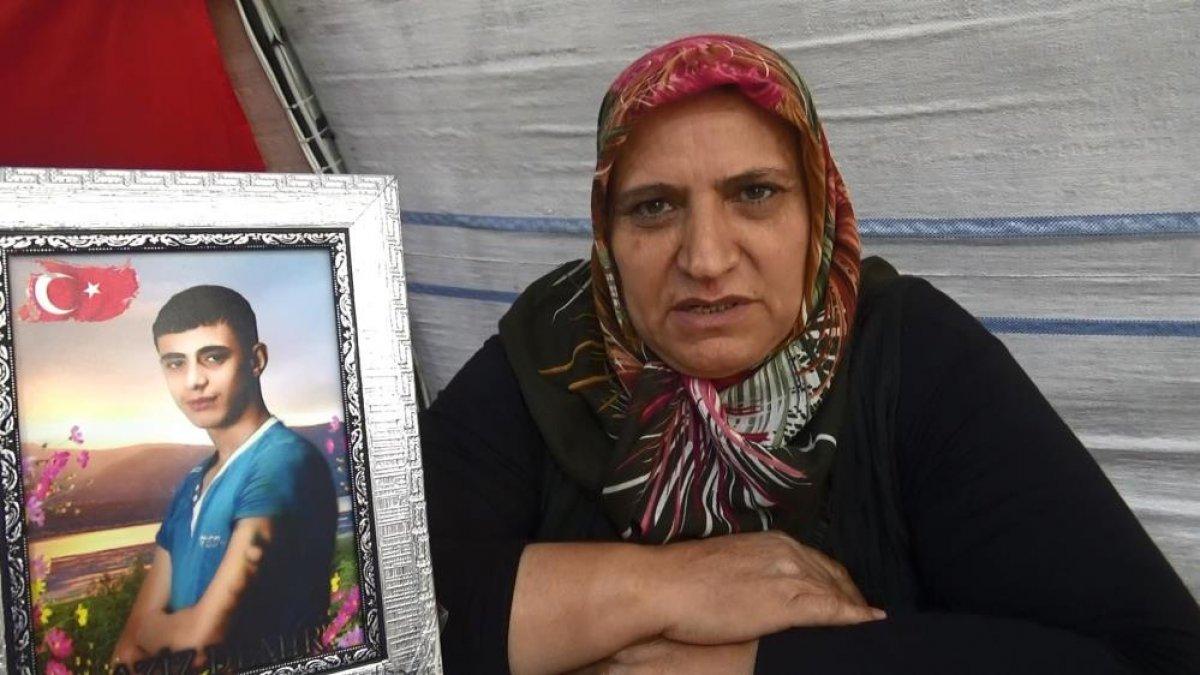 Diyarbakır da evlat hasreti çeken anne: Orası senin yerin değil #3