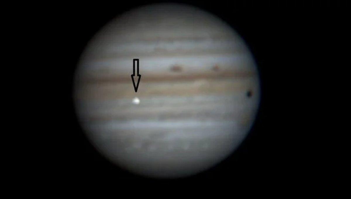 Amatör gözlemci Jüpiter deki çarpışmayı görüntüledi #1