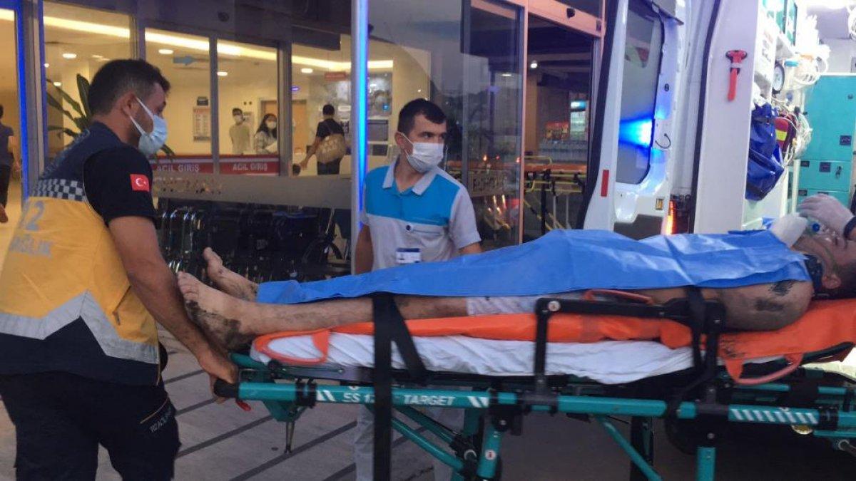 Zonguldak ta denize giren gençlerden biri kurtarıldı, biri kayıp #5