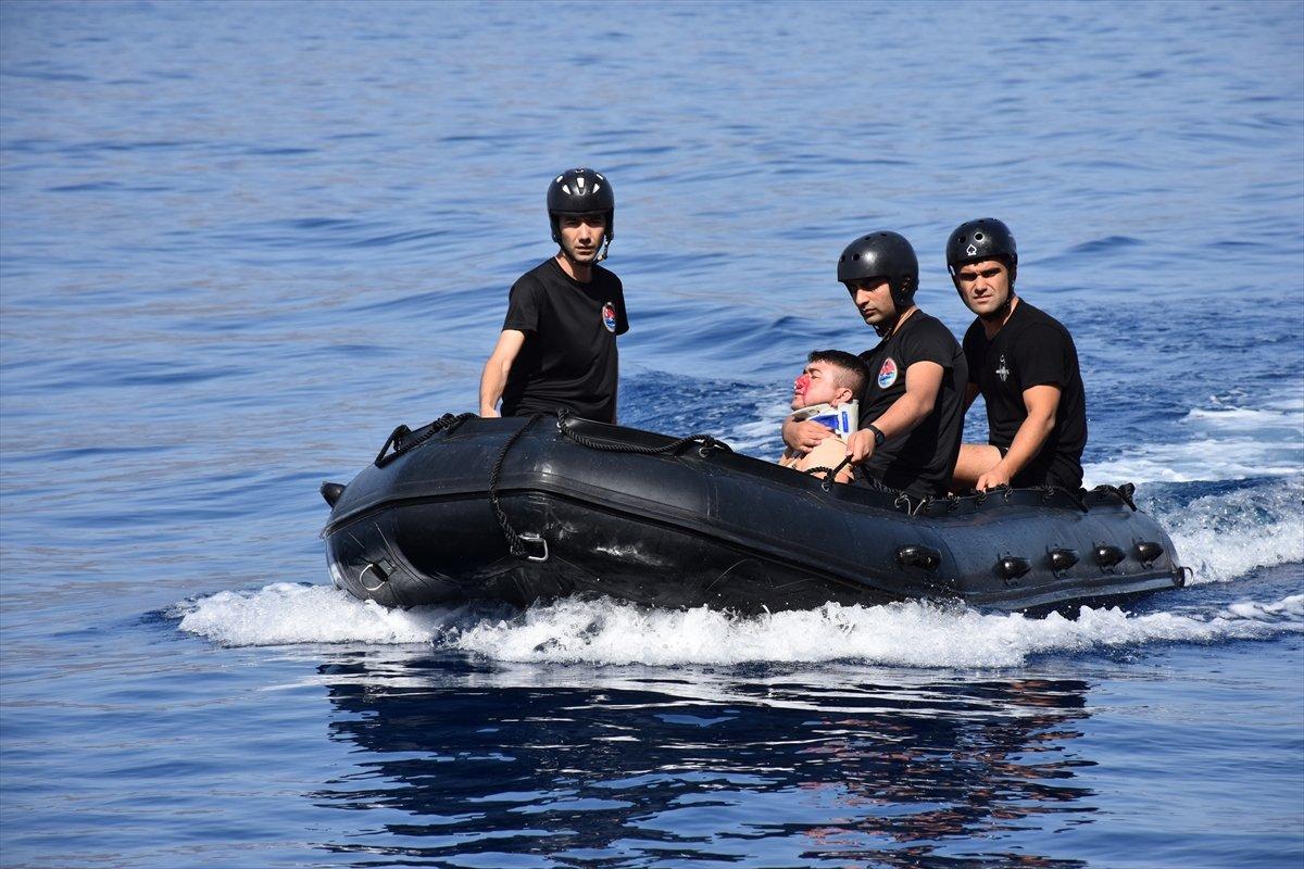 Ege de nefes kesen Kurtaran 2021 Denizaltı Arama Kurtarma Tatbikatı #11