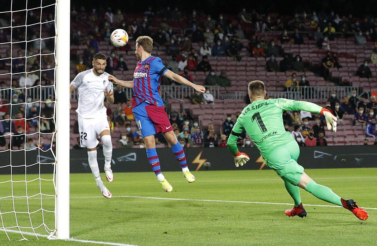 Barcelona son dakikada attığı golle beraberliğe razı oldu #1