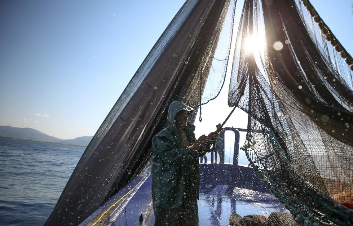 Hataylı balıkçıların av mesaisi başladı #1