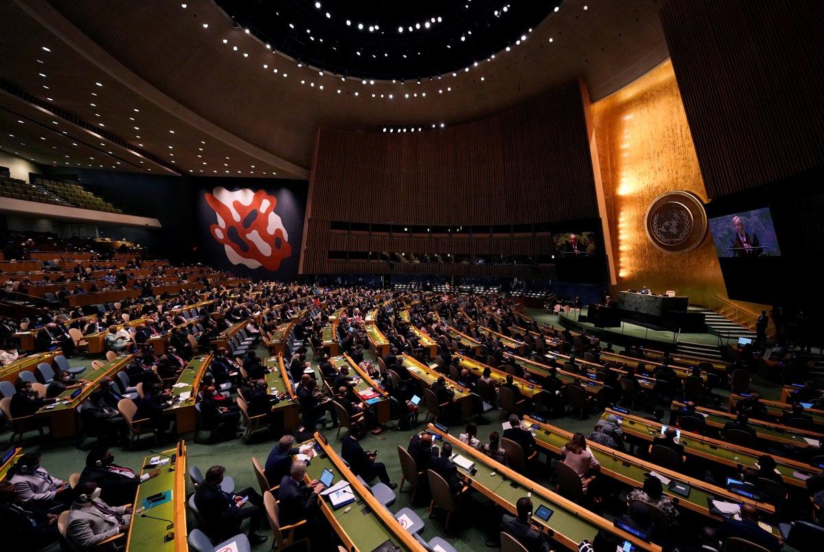 Antonio Guterres: Milyonlar açken milyarderler uzaya gidiyor #2