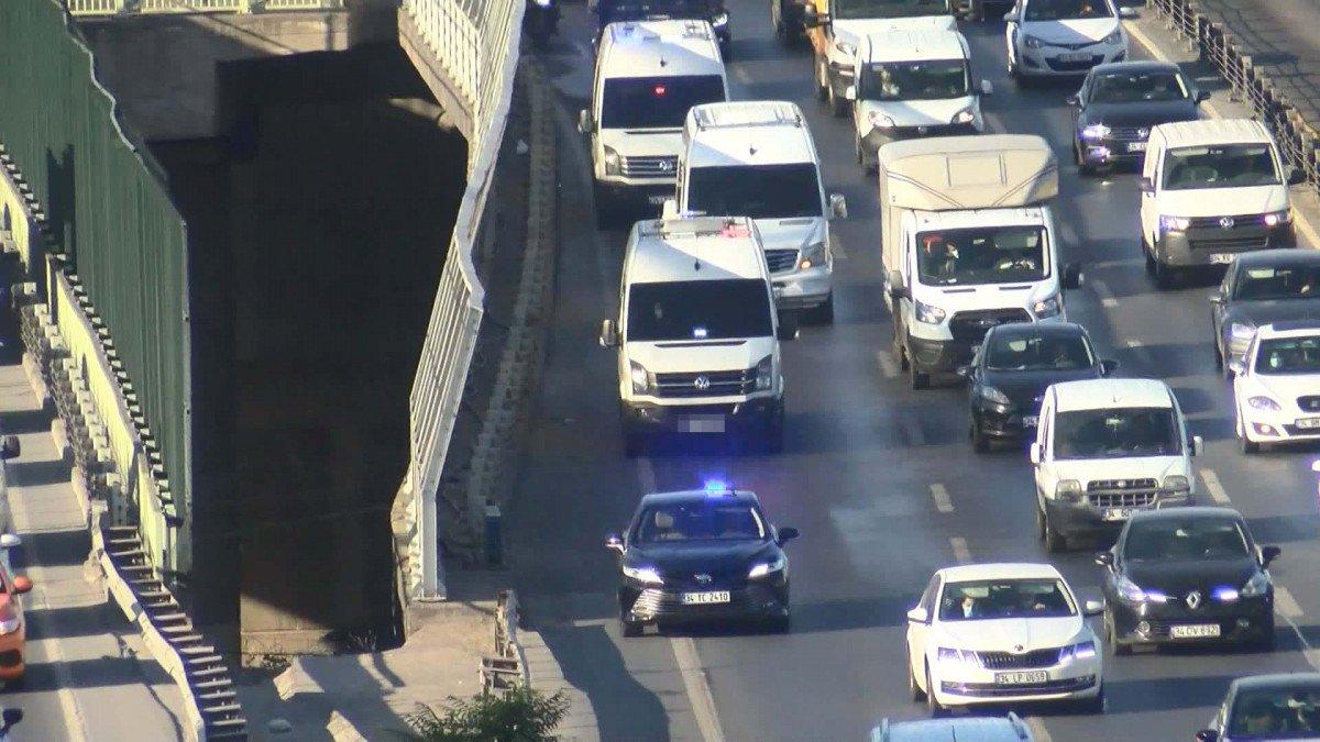 İstanbul da sürücülerin yeni kabusu: Çakarlı minibüsler #4