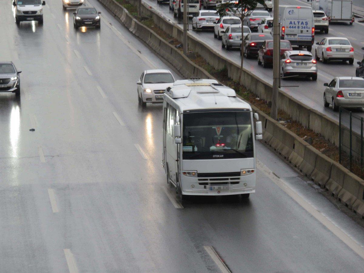 İstanbul da sürücülerin yeni kabusu: Çakarlı minibüsler #3