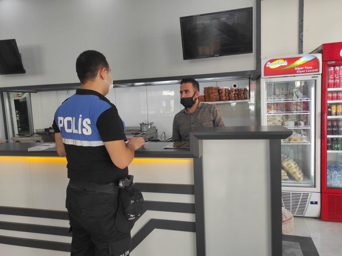 Cizre'de polis halkla kaynaşıyor #2