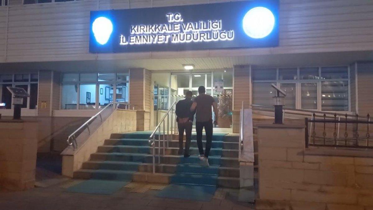 Kırıkkale de ehliyet sınavında akılalmaz kopya düzeneği #7