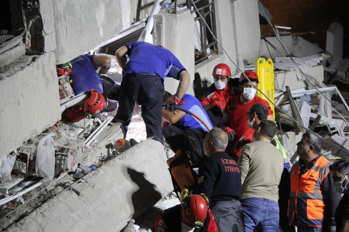 İzmir depreminde yıkılan Emrah Apartmanı iddianamesi kabul edildi #2