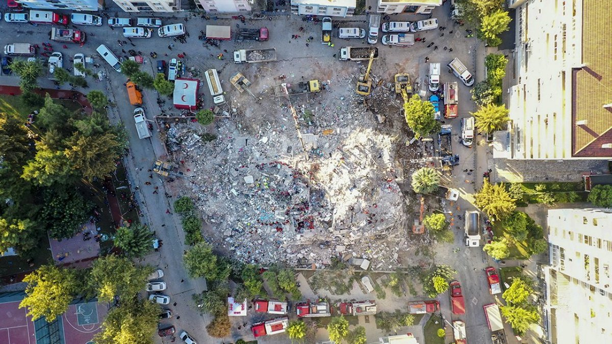 İzmir depreminde yıkılan Emrah Apartmanı iddianamesi kabul edildi #3