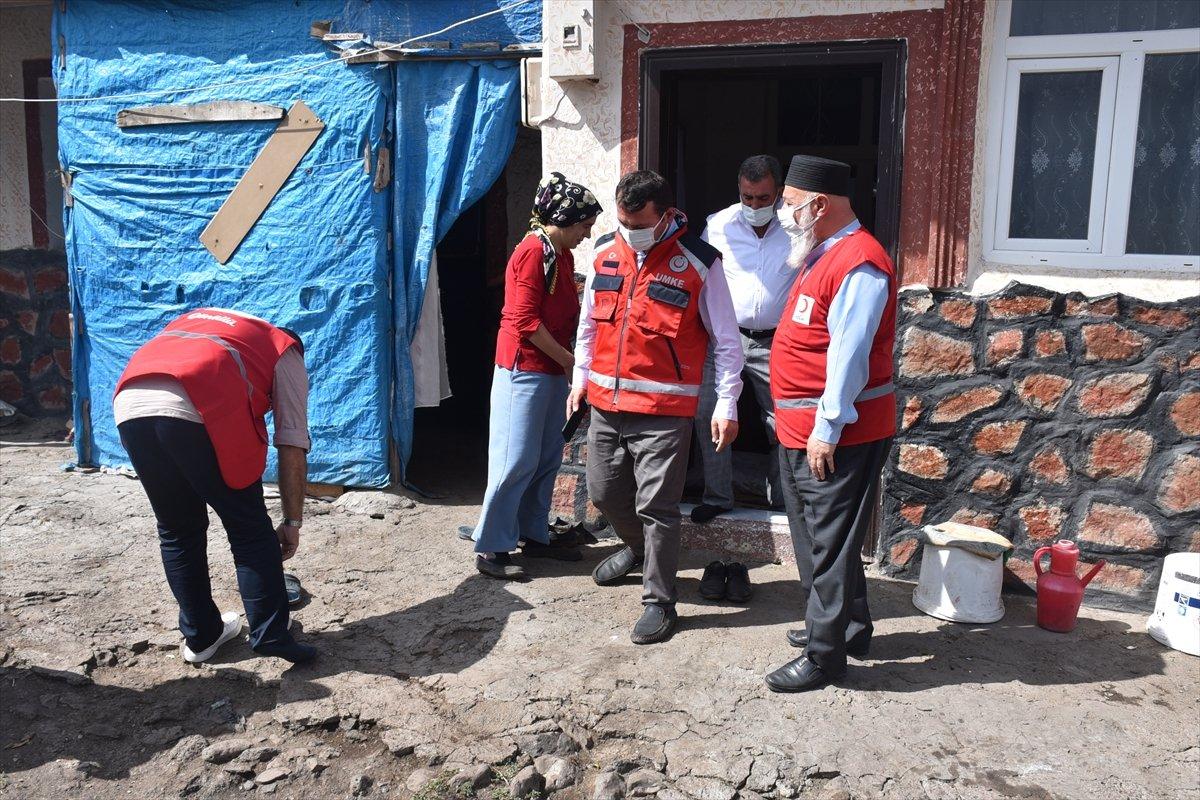 Kars ta sağlık ekipleri aşılama için kapı kapı dolaşıyor #5