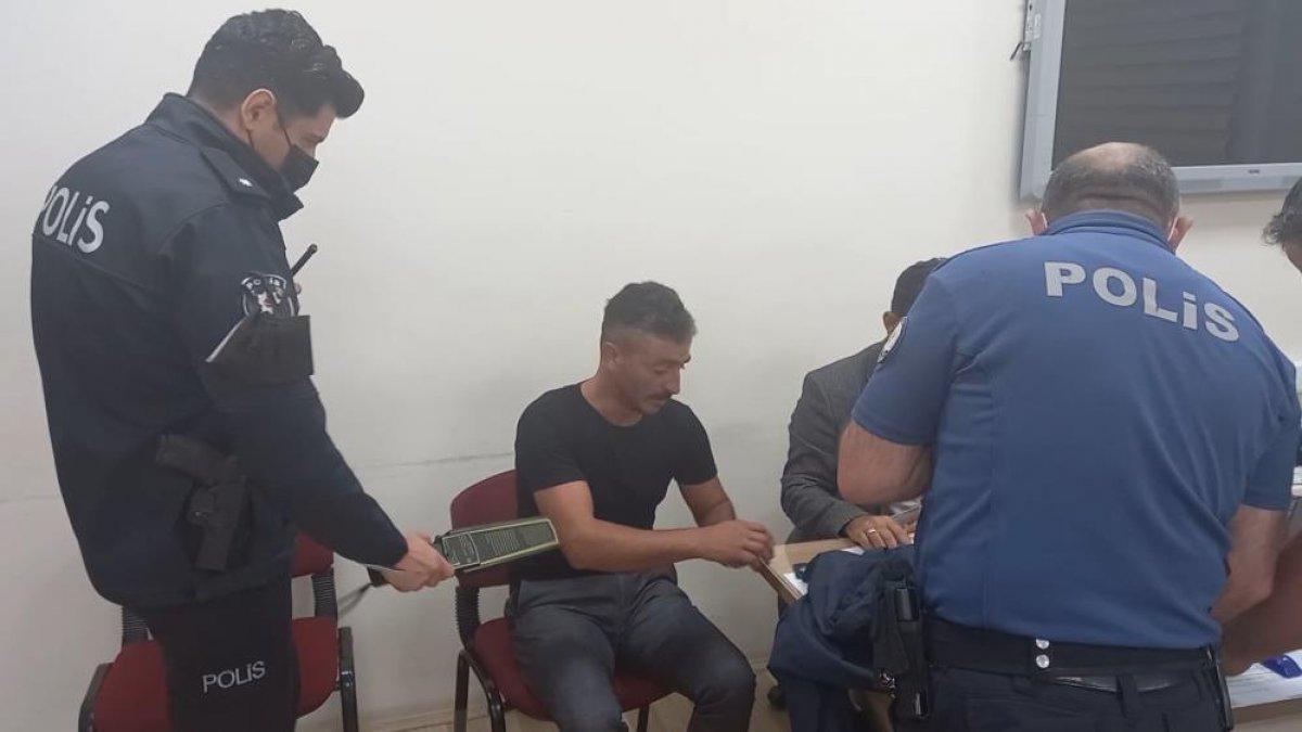 Kırıkkale de ehliyet sınavında akılalmaz kopya düzeneği #1
