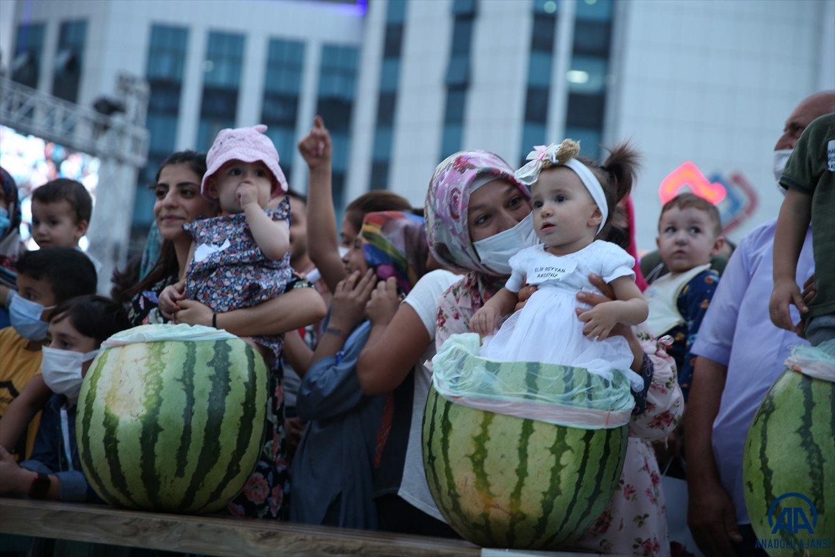 Diyarbakır da karpuz festivalinin birincisi: 45 kilo 500 gram  #4
