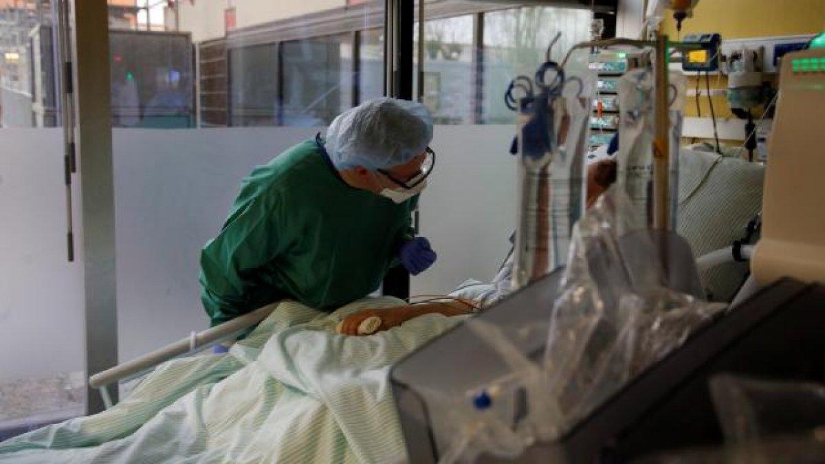Almanya da Kovid-19 aşısı yaptırmak istemeyenler için hayat pahalılaşacak #1