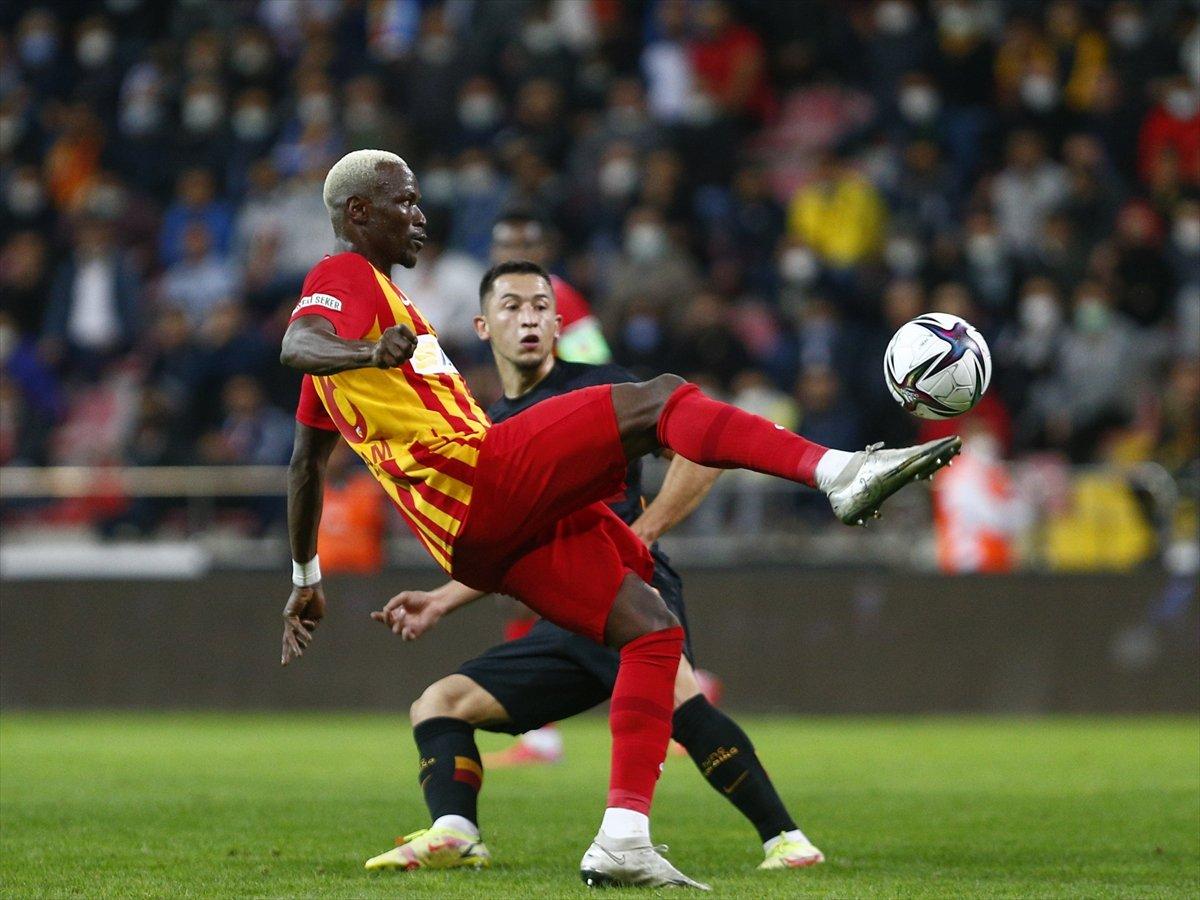 Galatasaray, Kayserispor dan 3 yedi #4