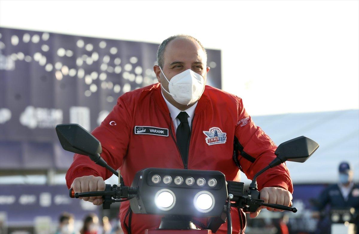 Sanayi ve Teknoloji Bakanı Mustafa Varank TEKNOFEST te  #1