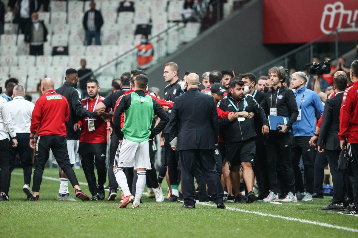 Beşiktaş ve Adana Demirspor PFDK ya sevk edildi #3