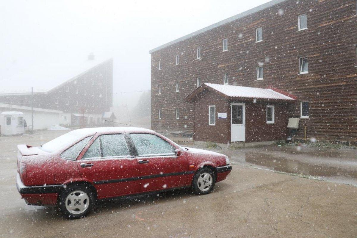 Bolu ya yılın ilk karı düştü #5