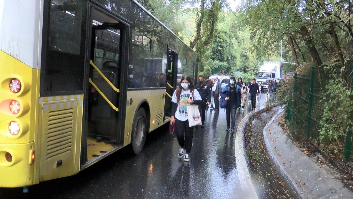 Sarıyer'de İETT otobüsü önce 2 otomobile sonra bariyerlere çarptı #7