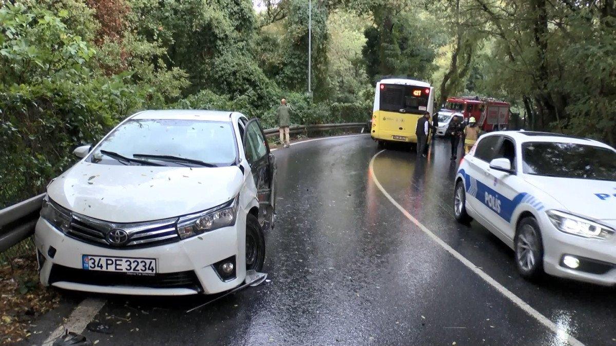 Sarıyer'de İETT otobüsü önce 2 otomobile sonra bariyerlere çarptı #6