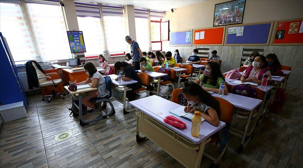 MEB, 15 bin öğretmen alımında branş kontenjanını duyurdu #1