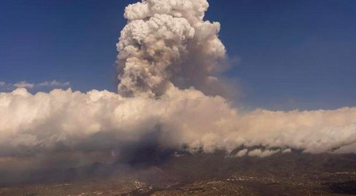 La Palma Adası nda uçuşlar durduruldu #1