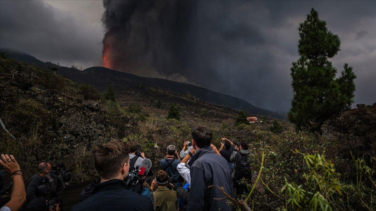 La Palma Adası nda uçuşlar durduruldu #3