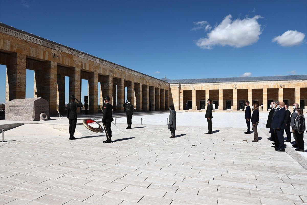 İsmet İnönü için Anıtkabir de sönük tören #4