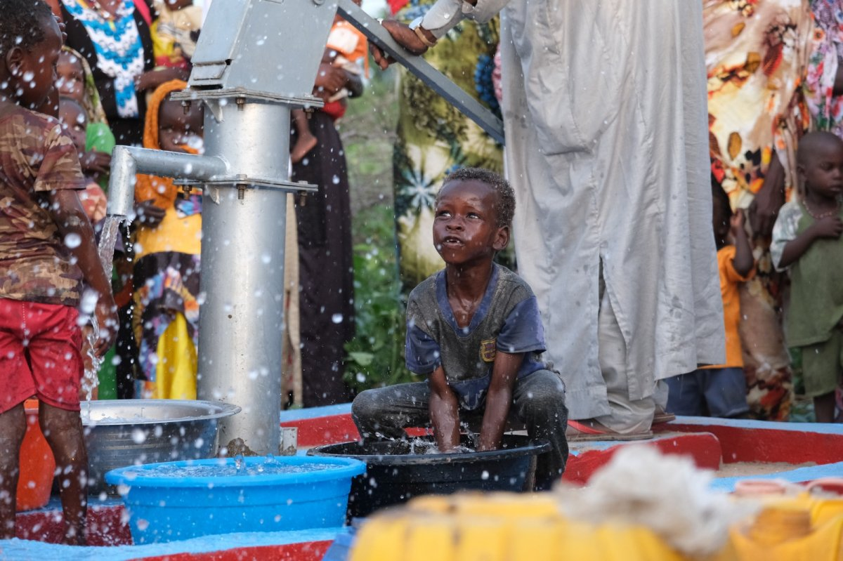 İHH'nın 10 bininci su kuyusu Mali'de açıldı #4