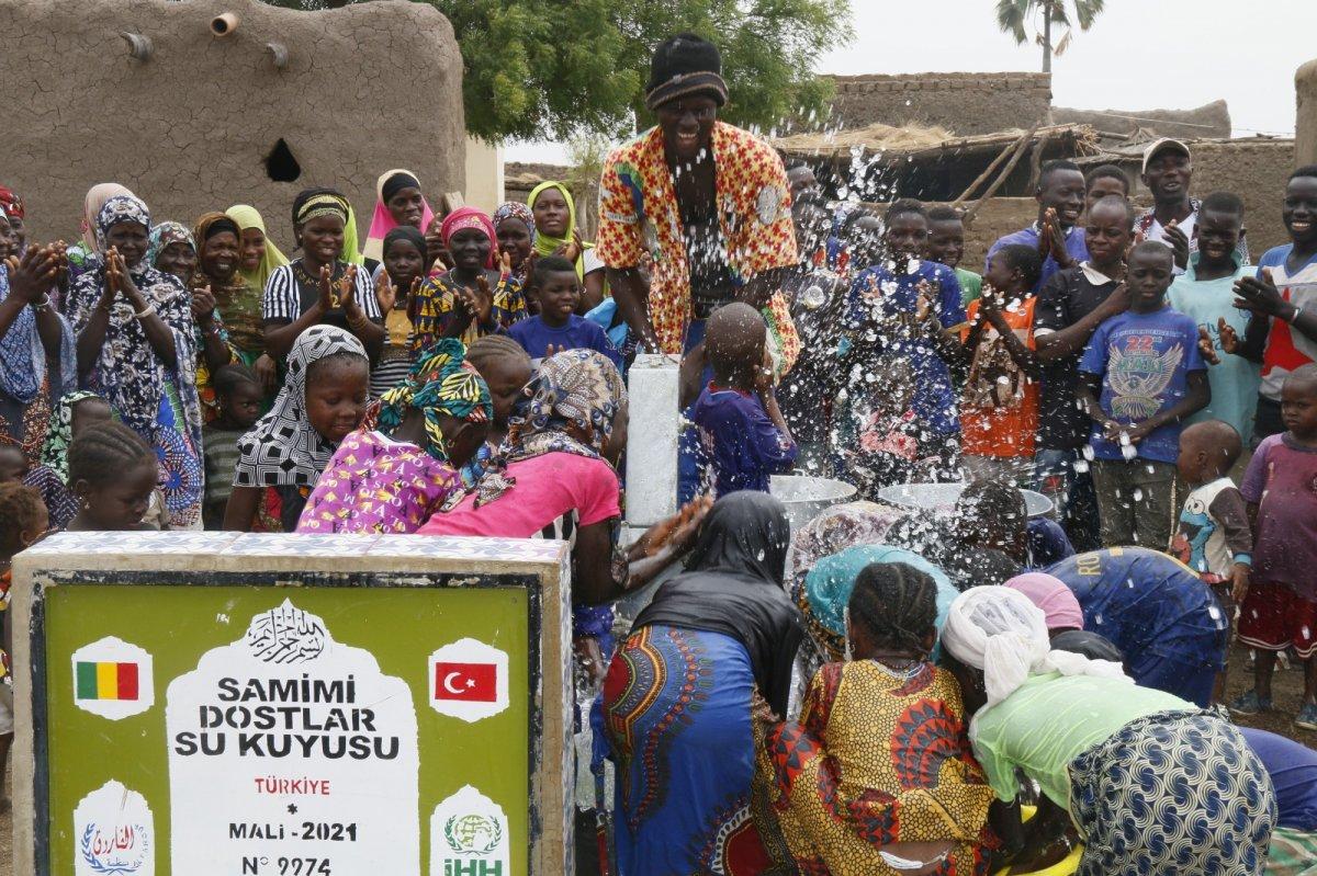 İHH'nın 10 bininci su kuyusu Mali'de açıldı #6