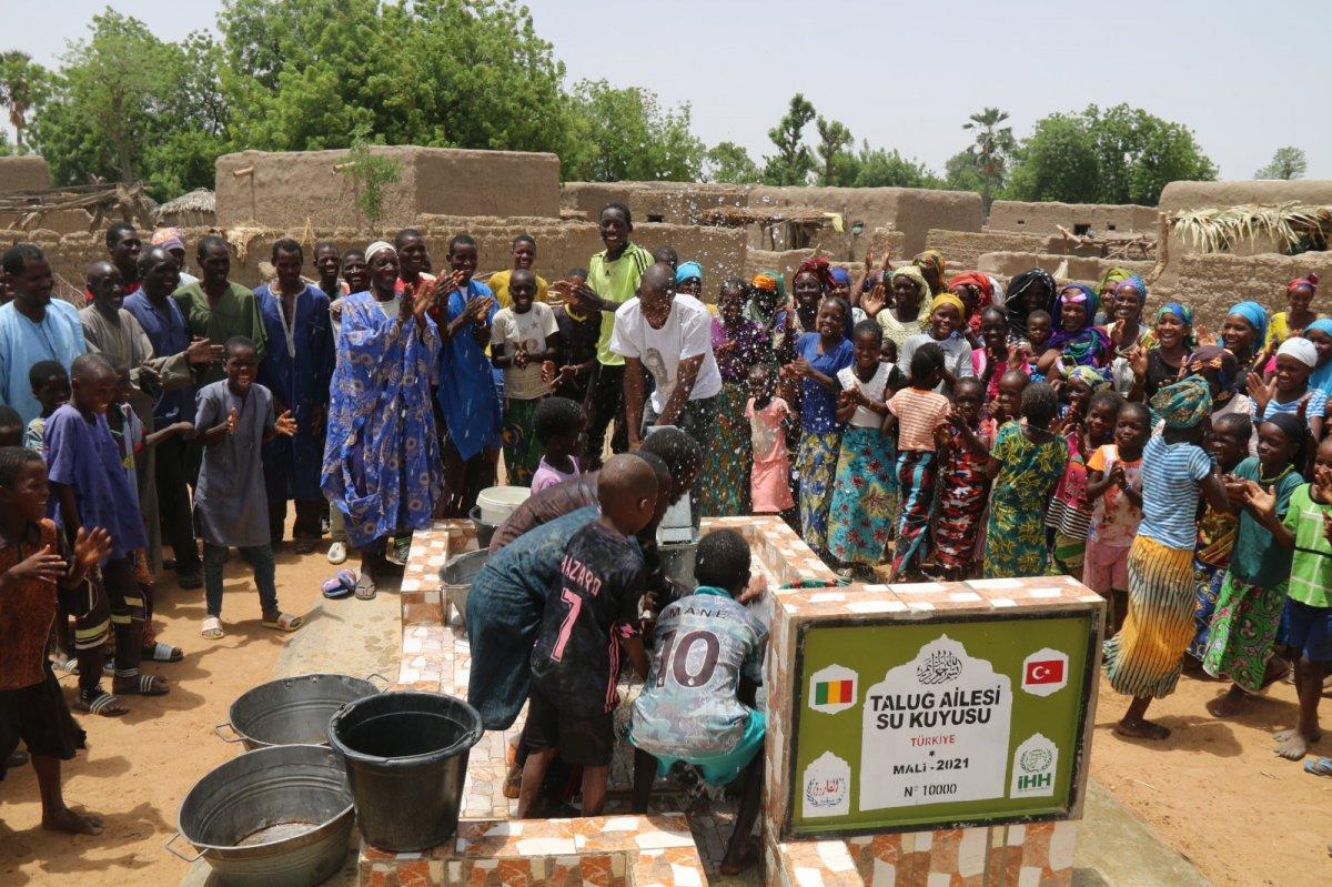 İHH'nın 10 bininci su kuyusu Mali'de açıldı #2