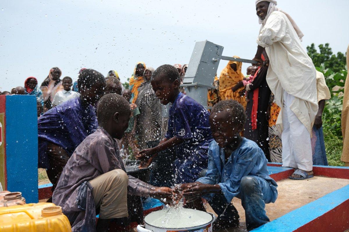 İHH'nın 10 bininci su kuyusu Mali'de açıldı #5