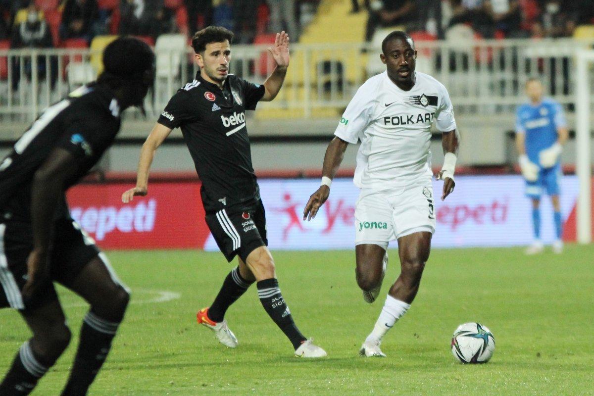 Beşiktaş ın iki oyuncusu daha sakatlandı #1