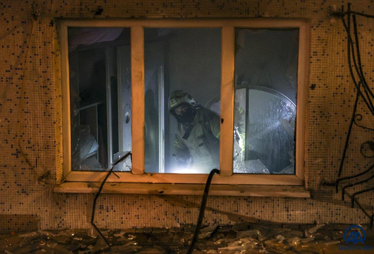 Sultangazi de yangın: 11 kişi dumandan etkilendi #2