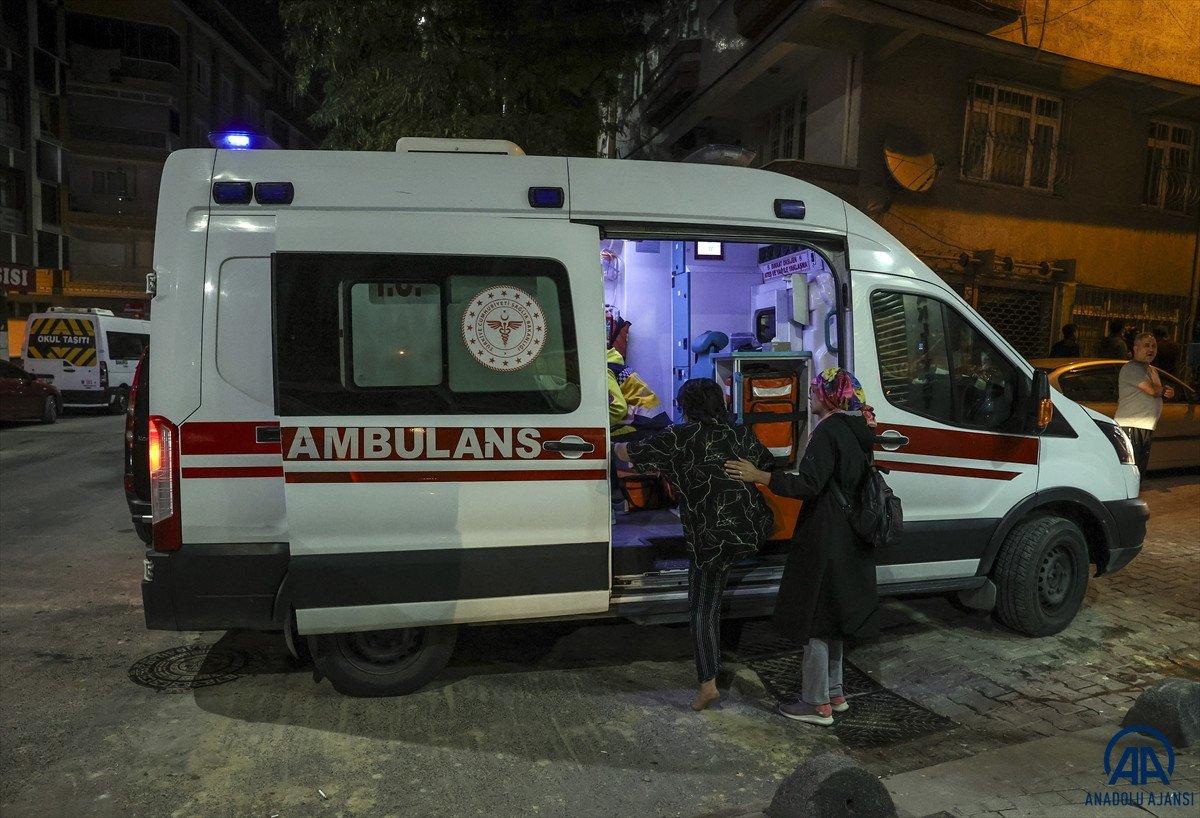 Sultangazi de yangın: 11 kişi dumandan etkilendi #4