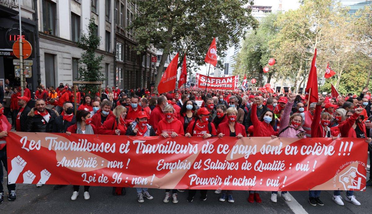 Belçika da işçiler, maaş sınırlamasını protesto etti #2