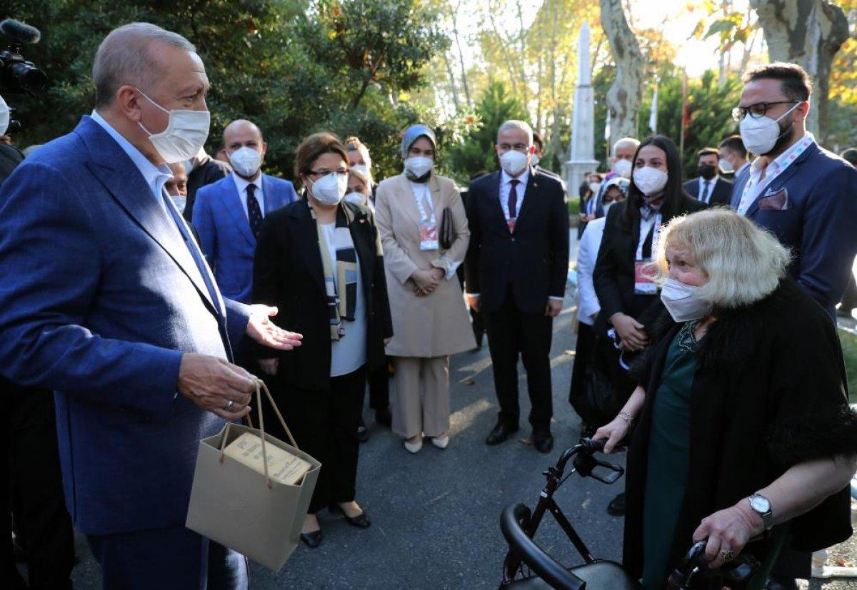 Cumhurbaşkanı Erdoğan, Darülaceze sakinleriyle bir araya geldi #2
