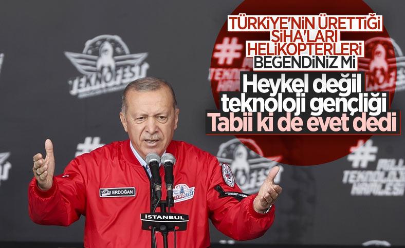 Cumhurbaşkanı Erdoğan TEKNOFEST'te sordu: Gösterileri beğendiniz mi