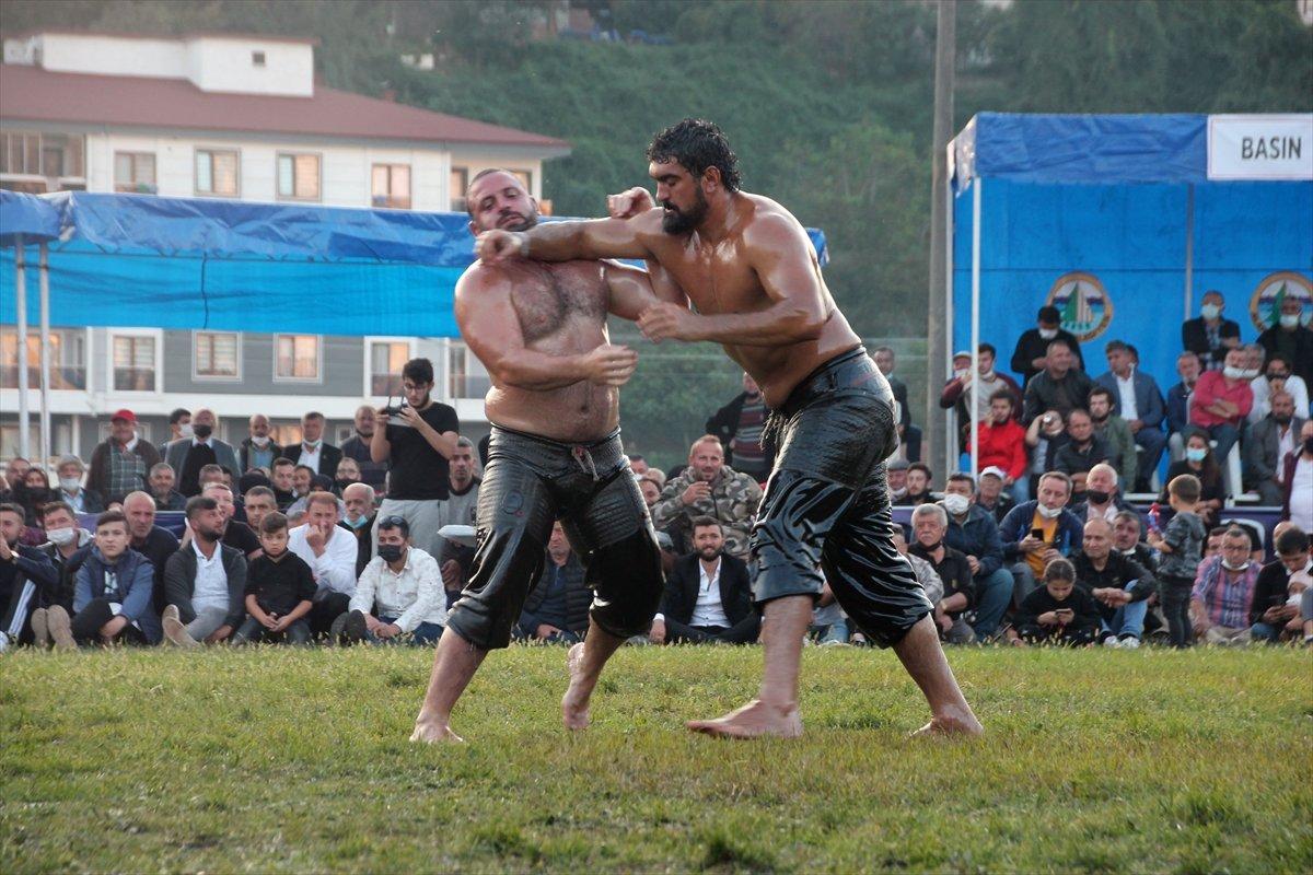 İsmail Balaban, Alaplı Yağlı Güreşleri nde ilk kez başpehlivan oldu #12