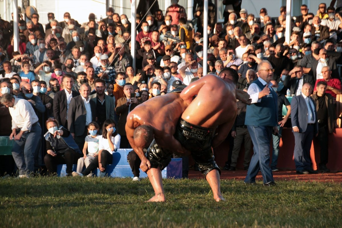 İsmail Balaban, Alaplı Yağlı Güreşleri nde ilk kez başpehlivan oldu #11