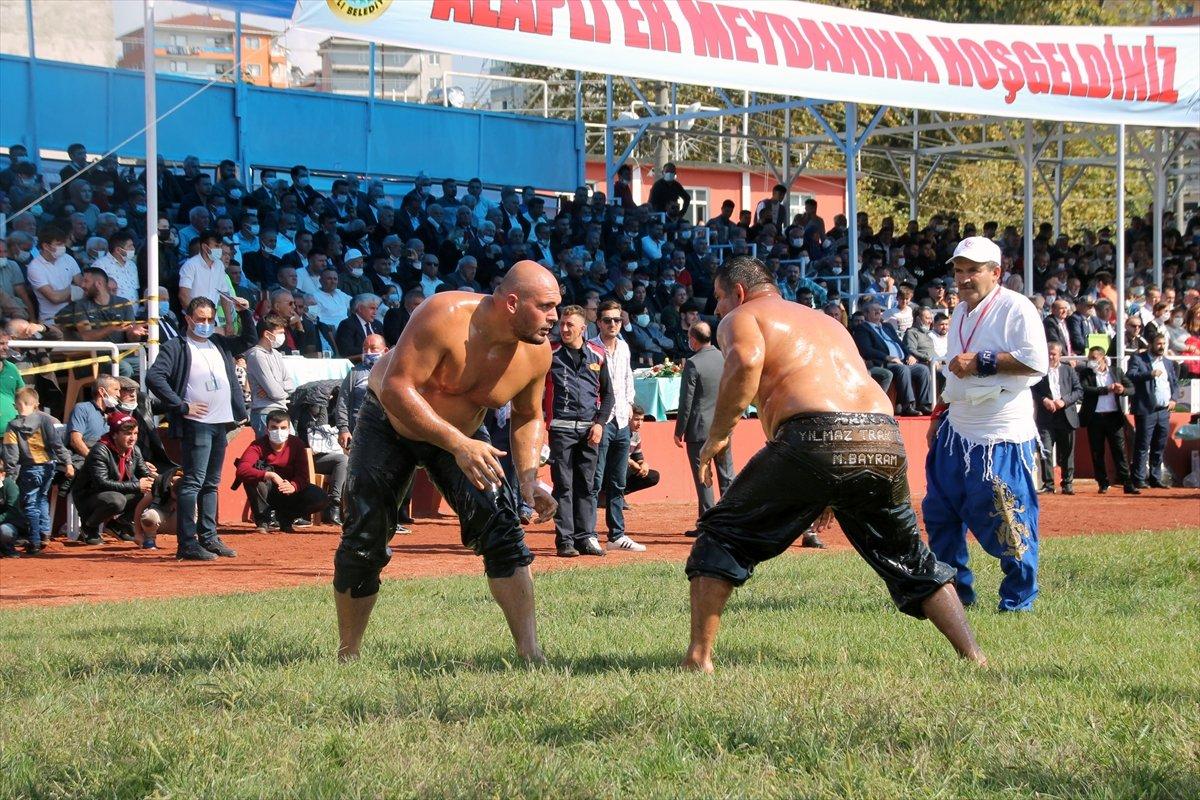 İsmail Balaban, Alaplı Yağlı Güreşleri nde ilk kez başpehlivan oldu #2