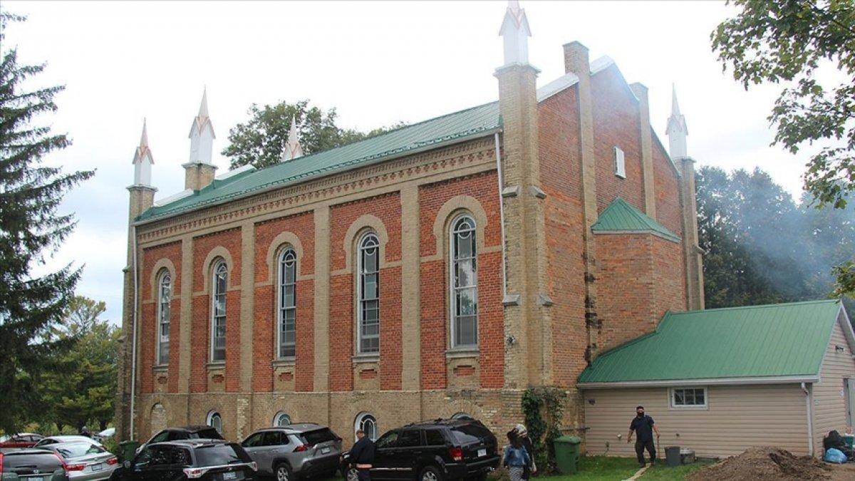 Kanada da 148 yıllık kilise camiye çevrildi  #2