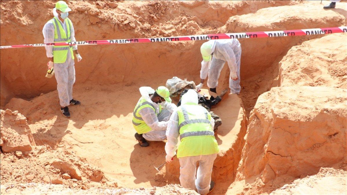 Libya da 2 tane toplu mezar bulundu #1