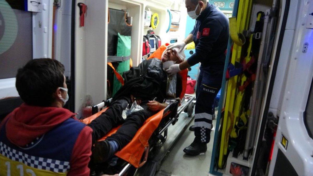Samsun da saldırıya uğrayan adamın yakını sağlıkçılara tepki gösterdi #2